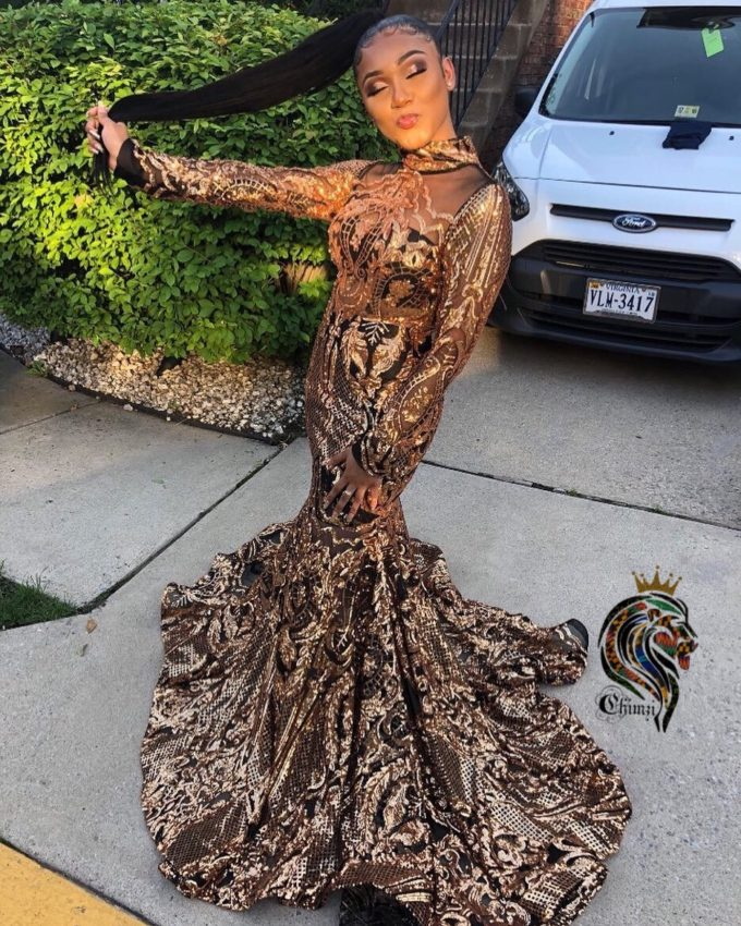 Queen Nefertiti (Women's Mermaid Dress In Gold African Lace With Black Mesh) 1